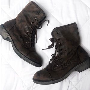 Roxy | Brown Distressed Lace Up Boots